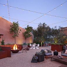 Contemporary Patio by Taylor Lombardo Architects