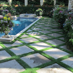 patio by Harold Leidner Landscape Architects
