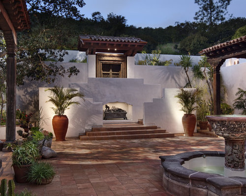 Traditional Spanish Outdoor Fountain Home Design Ideas, Pictures ...