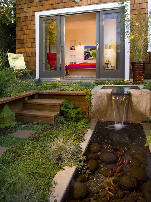 Contemporary Patio Fountain Idea In San Francisco