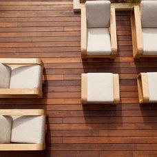 Contemporary Patio by Maienza - Wilson Interior Design + Architecture