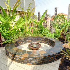 Contemporary Patio by Living Style Landscapes