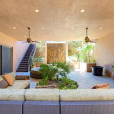 Mediterranean Patio by Pinnacle Architectural Studio