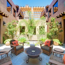 mediterranean patio by Pinnacle Architectural Studio
