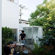 Contemporary Patio Moriyama House
