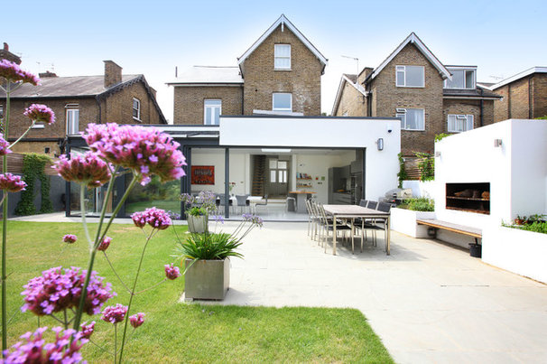 Contemporary Patio by PAD Architects LLP