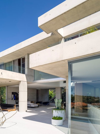 Contemporary Patio by TKD Architects