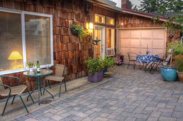 Contemporary Patio by Doyle Residential Design & Services