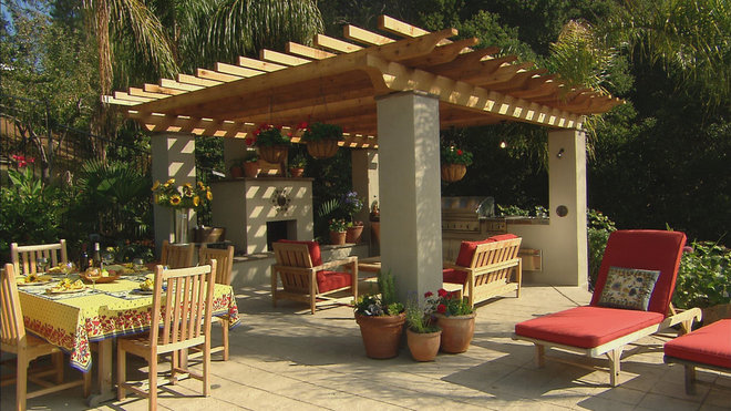 Mediterranean Patio by Golden Gate Palms and Exotics