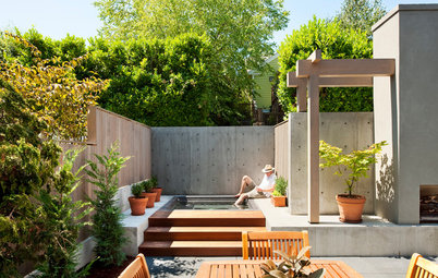 Courtyard Comforts Make a Seattle Backyard a Joy
