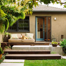 Modern Patio by MTLA- Mark Tessier Landscape Architecture