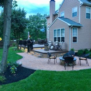 Ispirazione per un patio o portico stile rurale