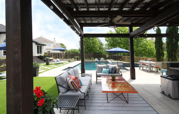 Contemporary Patio by Kristin Laing