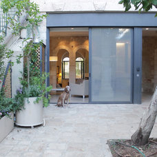 Contemporary Patio by Esther Hershcovich