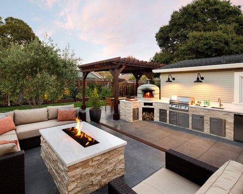 Example Of A Mid Sized Clic Side Yard Patio Kitchen Design In San Francisco With