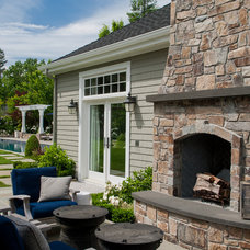 Traditional Patio by David Thorne Landscape Architect
