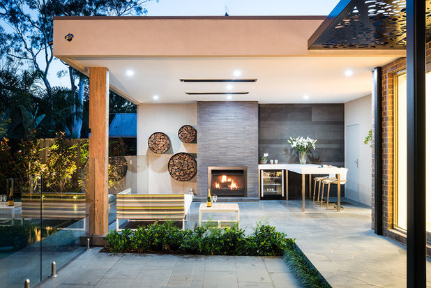 Contemporary Patio by Kube Constructions