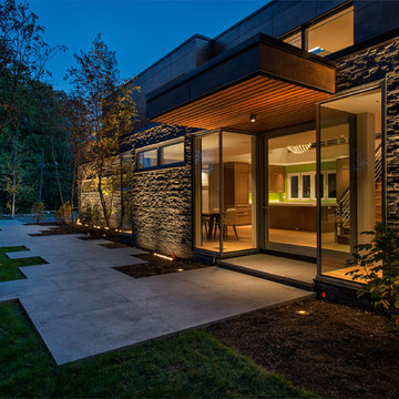 New Canaan Contemporary Home