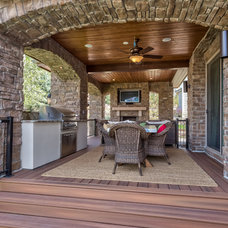 Traditional Patio by Augusten Muller Homes