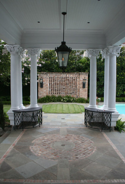 Traditional Patio by McDugald-Steele Landscape Architects