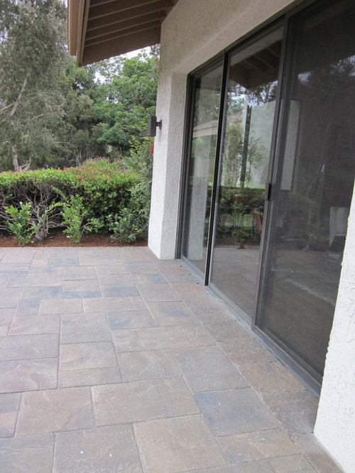 Example Of A Trendy Patio Design In San Diego