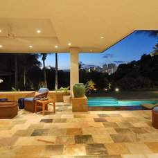Contemporary Patio by Daniel Moran Architect