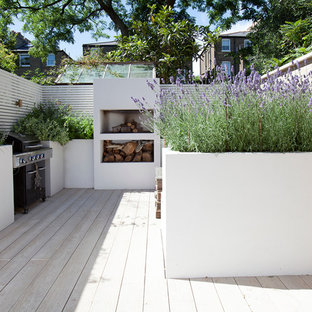 This is an example of an eclectic patio in London.