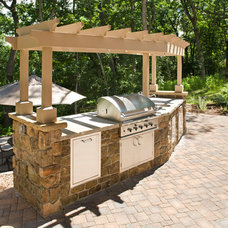 Traditional Patio by Bob Michels Construction, Inc.