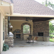 Traditional Patio by Billy Parker Exteriors