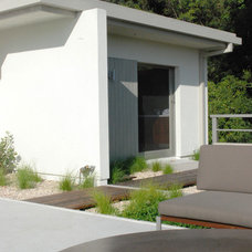 Modern Patio by Bertram Architects
