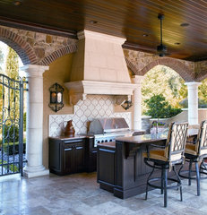 traditional patio by Busby Cabinets