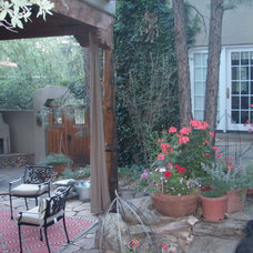 Traditional Patio by Bella Home Furnishings
