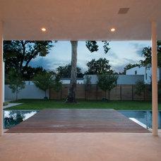 Modern Patio by NIMMO American Studio For Progressive Architecture