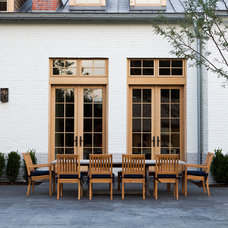 Traditional Patio by Lloyd Architects