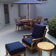 Traditional Patio by Michelle Jacoby, Changing Spaces