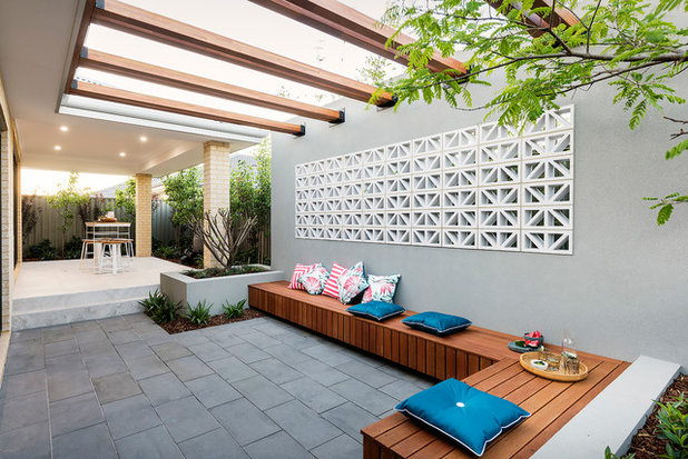 Contemporary Patio by Dale Alcock Homes