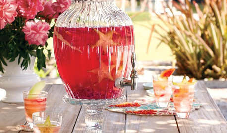 Dressed to Impress: 10 Festive Alfresco Entertaining Ideas