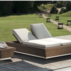 Outdoor Chaise Lounges - This beautifully designed double wide outdoor wicker chaise allows each back rest to be adjusted independently of the other.