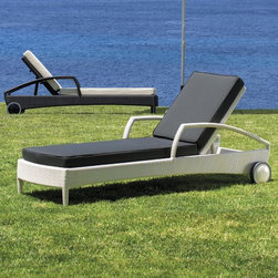 Outdoor Chaise Lounges - This beautifully designed chaise has an adjustable back and rear wheels for easy maneuverability.