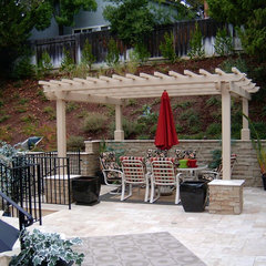 eclectic patio by W. Jeffrey Heid - Landscape Architect/Designer