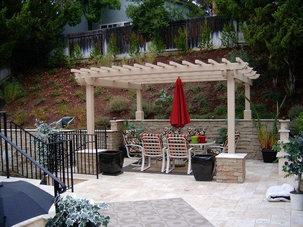 Eclectic Patio by W. Jeffrey Heid - Landscape Architect/Designer