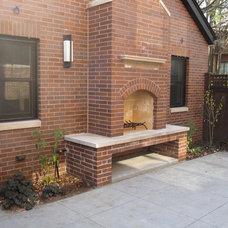 Modern Patio by Follyn Builders & Developers