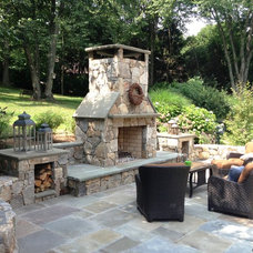 Traditional Patio by LDAW Landscape Architecture, PC