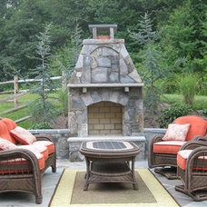 Traditional Patio by Four Seasons Landscaping & Nursery