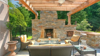 Outdoor Fireplaces / Outdoor Living Spaces
