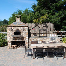 Outdoor Kitchens & Pizza Ovens