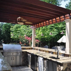 patio by Land & Water Design