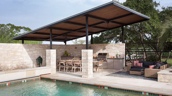 Outdoor Kitchen and Dining