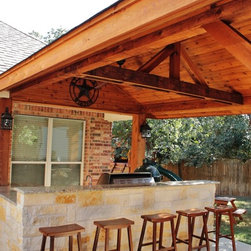 Outdoor Kitchen and firepits/fireplaces -