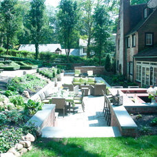 Traditional Patio Outdoor Kitchen and Living Space